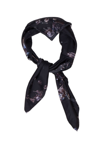 Šatka GANT G1. COCKTAIL HR SILK SCARF