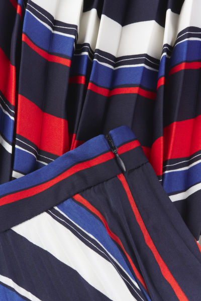 SUKN? GANT D1. PREPPY STRIPE PLEATED SKIRT