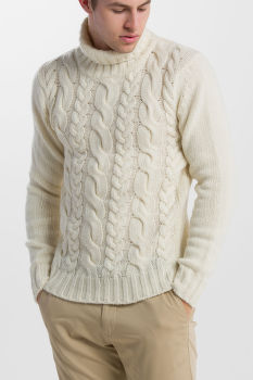 SVETER GANT O2. CHUNKY CABLE TURTLENECK