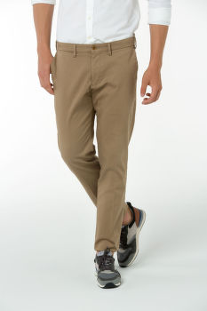 Nohavice GANT O1. REGULAR COMFORT SUPER CHINO